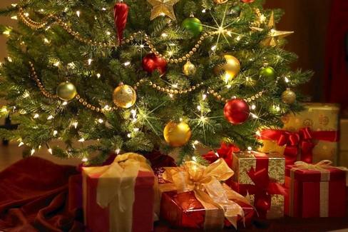Новогодняя праздничная елка